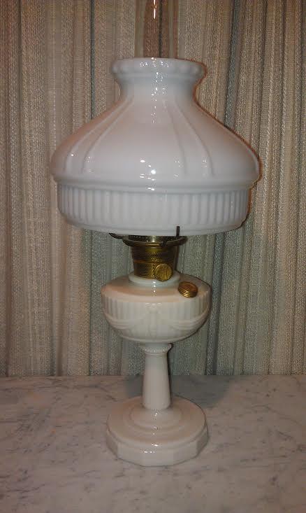 Aladdin Kerosene Lamp Lincoln Drape